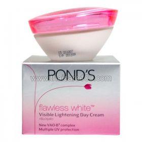 Безупречный легкий дневной отбеливающий крем Pond's Flawless Day Cream(50 гр)